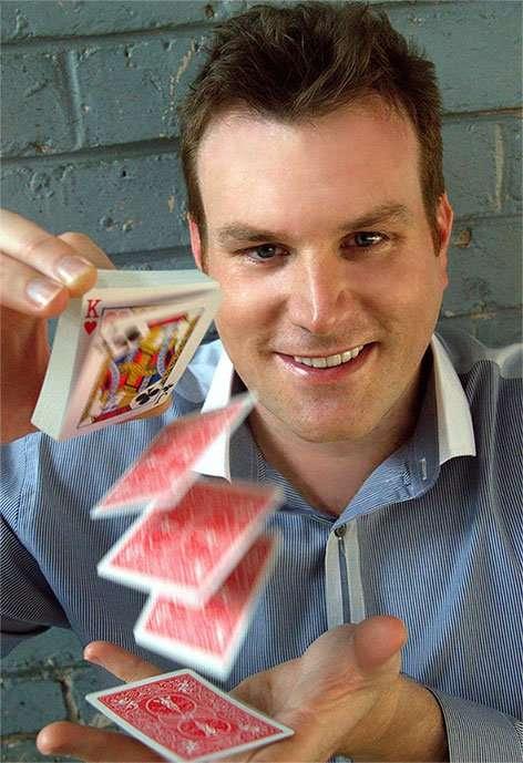Mick Peck Auckland Magician