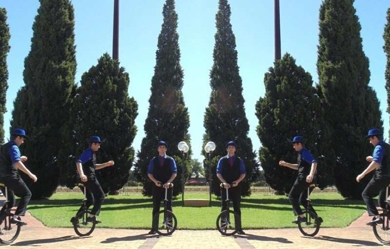 Louis Cason Juggler